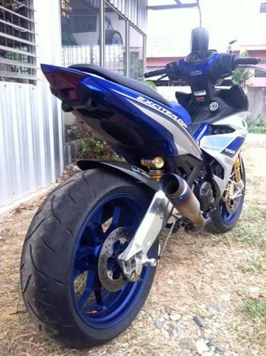 [Hình: 20160429-yamaha-exciter-150-do-do-choi-k...moto-5.jpg]