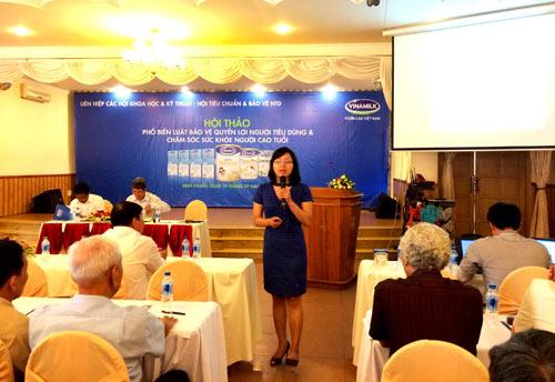 Vinamilk chăm sóc người cao tuổi Bình Thuận - 2