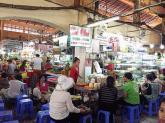 Hàng chè ngon 40 năm tuổi ở chợ Bến Thành