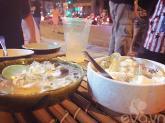 Ngày nóng, rớt nước miếng với flan thập cẩm phố Trần Bình Trọng