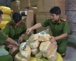 Gần 2 tấn ruốc lậu bị thu giữ tại ga Giáp Bát