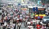 Hạn chế xe máy: đi taxi hay mua ô tô?.