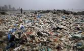 Dọn sạch 5.000 tấn rác thải trên bãi biển