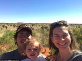 Hành trình 1.000 km của cô bé một tuổi ở Australia