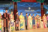 Trình diễn trang phục truyền thống Hanbok Hàn Quốc và Áo dài Việt Nam