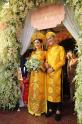 Cùng diện áo dài cưới vàng, mỹ nhân Việt nào đẹp đốn tim nhất?