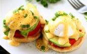 Tập tành làm trứng và sốt siêu khó giống MasterChef
