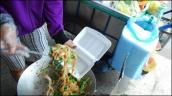 Hộp xốp đựng thức ăn gây hại gan