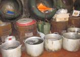 Cận cảnh đường làm bánh dính ruồi, hóa 'đồ chăn nuôi'