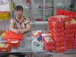Bánh trung thu mốc do chưa kịp mua tem