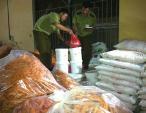 Chợ Hà Nội ngập gia vị Tàu, dân rước bệnh vào người
