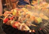 Que xiên thịt nướng tẩm hóa chất gây hại đến người dùng