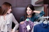 Những sai lầm thường thấy của con gái khi đi shopping