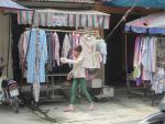 Áo chống nắng giá rẻ có thực sự tốt ?