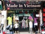 Hàng Trung Quốc trà trộn vào cửa hàng Việt Nam xuất khẩu