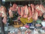 Thịt lợn chứa kháng sinh đầu độc người tiêu dùng