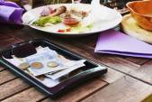 Những điều nên tránh làm khi đi ăn nhà hàng