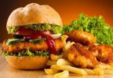 Những thực phẩm tuyệt đối không nên dùng trong bữa trưa