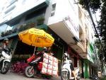 Chuyện đời của ông Tây bán xúc xích dạo nổi tiếng Sài Gòn