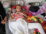 """Bé trai 7 tuổi bị bố chất rơm đốt: """"Cháu sợ công an bắt bố"""""""