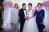 Lam Trường và cô dâu 9X