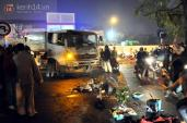 Hà Nội: Người mẹ gào khóc bên thi thể em học sinh lớp 6 bị xe chở rác cán tử vong