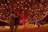 Nở rộ dịch vụ cho thuê người yêu đi chơi Noel