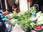 Thời tiết thất thường, rau xanh tăng giá