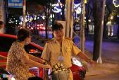 Bắt đầu cấm xe vào trung tâm Sài Gòn, ùn tắc nghiêm trọng
