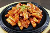 Những món ăn Hàn Quốc hấp dẫn giới trẻ Sài Gòn