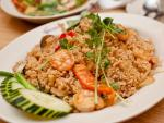 Cơm rang tôm kiểu Thái