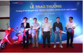 MobiFone trao thưởng cho khách hàng trúng xe máy Vespa Primavera