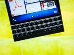 Cận cảnh vẻ đẹp của BlackBerry Passport, điện thoại màn hình vuông độc đáo