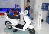 Xe máy điện phát wifi ra mắt tại VN với giá sốc