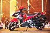 """Yamaha Nouvo SX 2015 giảm giá để """" đánh bật"""" Honda Air Blade?"""