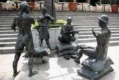 Những bức tượng kỳ quặc nhất quả đất (2)
