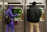 Đi tàu điện ngầm cùng ác quỷ và siêu nhân ở New York