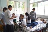 12 học sinh nhập viện sau khi tiêm vắc-xin