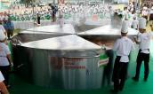 Trấn Thành cùng 500 đầu bếp lập kỷ lục Siêu lẩu Việt Nam