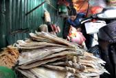 Phát hiện loại thuốc bảo quản cá khô cực kỳ độc hại