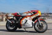 Suzuki TR 750 độ phong cách xe đua huyền thoại