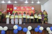 Dạ Hương chung sức cùng nữ thầy thuốc tương lai