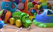 Đồ chơi trẻ em nhiều màu sắc rất độc hại