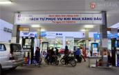 Hà Nội: Lần đầu tiên, người dân được tự bơm khi mua xăng