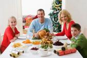 5 căn bệnh cực nguy hại khi bạn ăn tối không đúng cách