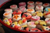 Sushi hoạt hình giá 5.000 đồng hút khách
