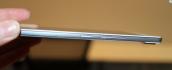 Soi chi tiết smartphone mỏng nhất thế giới