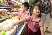 Cách hay đi siêu thị an toàn cùng bé
