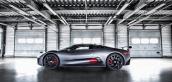 Jaguar C-X75 đối đầu Aston Martin DB10 trong