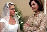 Choáng váng với lời đề nghị khiếm nhã của con dâu